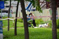 Người đàn ông chết bất thường ven xa lộ Hà Nội