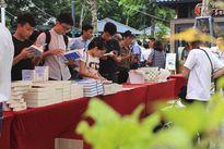 Chùm ảnh: Bạn đọc thích thú khám phá 'Ngày sách Israel' tại Hà Nội