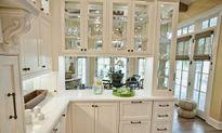 10 mẫu tủ bếp thủy tinh siêu đẹp khiến nhà bạn sáng bừng