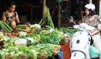 Rau xanh, thực phẩm tươi sống tăng giá nhẹ