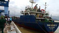 Vụ chìm tàu ở Nghệ An: Nỗ lực tìm kiếm 3 thuyền viên còn lại