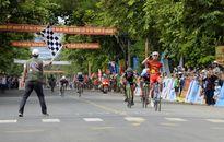 Nguyễn Cường Khang giành Áo Vàng Cuộc đua xe đạp Về Trường Sơn 2017