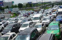 Các tuyến đường quanh sân bay Tân Sơn Nhất lại ùn tắc nghiêm trọng