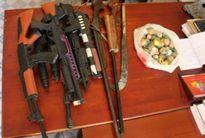 Vận động người dân giao nộp hàng trăm khẩu súng, vật liệu nổ