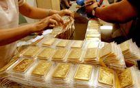 Vàng đi ngang khi USD sụt giá