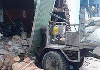 Xe công nông gây tai nạn trên đường đê Phù Đổng