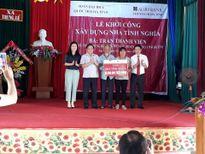 Góp sức xây nhà tình nghĩa cho thân nhân TNXP ngã ba Đồng Lộc