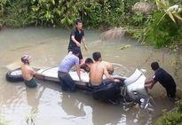 Đề nghị công nhận liệt sĩ hai cán bộ giao thông tử nạn trong bão số 2
