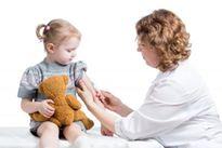 Lịch tiêm phòng cho trẻ từ sơ sinh tới 2 tuổi theo chuẩn của Tổ chức Y Tế Thế Giới