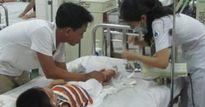 Sốt xuất huyết bùng phát ở Hà Nội, cả nhà nhập viện, mẹ lo sốt vó tìm cách phòng bệnh cho con