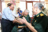 Thủ tướng Nguyễn Xuân Phúc: Chăm lo tốt hơn đối với người có công