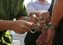 Bắt hai kẻ giả danh cảnh sát hình sự tống tiền người dân