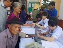 Thăm khám, cấp phát thuốc miễn phí cho 1.000 người dân Hà Tĩnh
