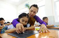 Bắt trẻ học chữ trước khi vào lớp 1 vì tâm lý 'con nhà người ta'