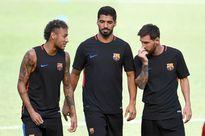 Neymar nghe lời Messi và Suarez, từ chối PSG
