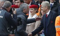 Mourinho bất ngờ lên tiếng động viên Arsenal và Wenger