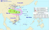 Tâm bão số 4 cách biển Hà Tĩnh – Quảng Bình 290km