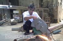 'Kỹ sư làng' cơ giới hóa nghề tráng bánh cuốn