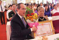 Trân trọng dành những tình cảm thiêng liêng nhất đến các Mẹ Việt Nam Anh hùng