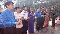 Kỷ niệm 70 năm Ngày Thương binh - Liệt sỹ: Tổ chức thắp nến đồng loạt ở 3181 nghĩa trang liệt sỹ trên toàn quốc