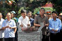 Bộ Tài chính dâng hương tưởng niệm các anh hùng liệt sỹ tại Tuyên Quang
