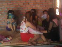 Hàng chục cô gái bị lừa vào 'tổ quỷ' ở Đồng Nai