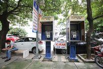 Những bốt điện thoại công cộng 'huyền thoại' ở Hà Nội giờ ra sao?