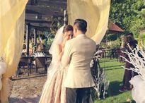 Vy Oanh khoe ảnh cưới với chồng đại gia sau khi sinh con thứ 2