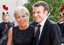 Nguồn cơn vợ tổng thống Pháp bị phản đối vị trí đệ nhất phu nhân