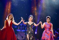 Mỹ Tâm tặng Hồng Nhung váy mặc trong đêm '5 giọng ca vàng'