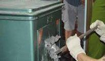 Trộm đột nhập UBND xã phá két sắt lấy đi hơn 100 triệu đồng