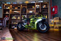 Ducati 959 'lột xác' dưới tay thợ Sài Gòn với decal Platinum chrome