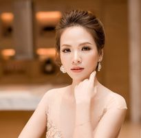 Đan Lê khoe sắc vóc gợi cảm bên Hoa hậu Mỹ Linh, Thu Thảo