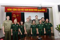 Đoàn đại biểu hãng Thông tấn xã quân sự Các LLVT Bê-la-rút thăm, làm việc với Báo Quân đội nhân dân