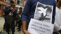 Ấn Độ hụt hơi trước tiền Trung Quốc trong cuộc đấu Nepal