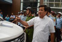Ông Đoàn Ngọc Hải cho ngưng 'bãi xe khủng' sau lưng Nhà hát lớn TP