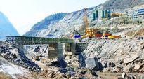 Thủy điện và những món nợ nặng gánh trong tương lai của Bhutan