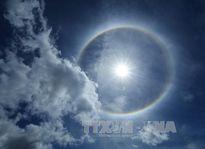 Xuất hiện quầng sáng lạ xung quanh Mặt Trời