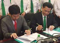 Lễ ký kết hợp đồng liên doanh Mai Linh (Việt Nam) và Willer (Nhật Bản)
