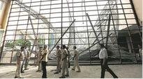 Ấn Độ: Sập mái vòm khu liên hợp thể thao trong trường học, 15 người thương vong
