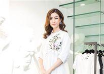 Những hình ảnh xứng danh vẻ đẹp 'thần tiên muội muội' của Hoa hậu Mỹ Linh