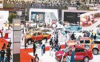 Người mua đợi chờ, thị trường ô-tô trầm lắng