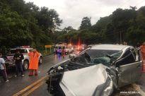 Xe bán tải mất lái đâm ôtô du lịch ở Thái Lan, 14 người bị thương