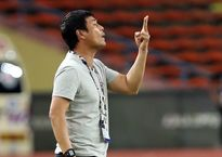 HLV Hữu Thắng hài lòng với màn trình diễn của Tuấn Anh
