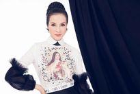 MC Thanh Mai khoe nhan sắc rạng rỡ với trang phục trắng đen ấn tượng