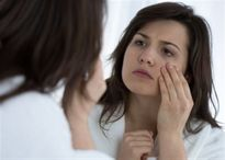 Sáng sớm ngủ dậy mà có dấu hiệu này chứng tỏ bạn đã mắc bệnh thận