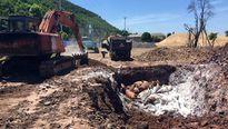 Gần 7 tấn lợn chết đang trong quá trình phân hủy cập cảng ở Quảng Ninh