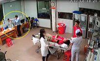 Giám đốc doanh nghiệp hùng hổ lao vào hành hung bác sĩ