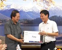 Bộ thông tin và Truyền thông: Thăm và tặng quà cho đồng bào dân tộc tại Quảng Bình