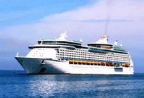 Hơn 3.500 hành khách du lịch đường biển cập cảng Chân Mây